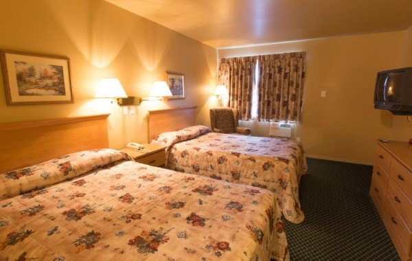 SUPERIOR 2 BEDS (carpet) 2nd